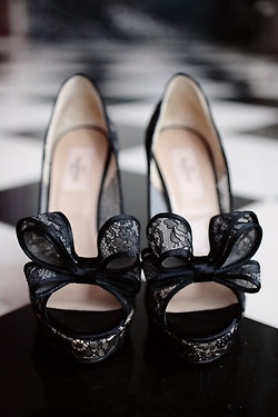 black lace bows