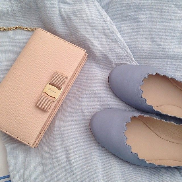 chloe scalloped flat