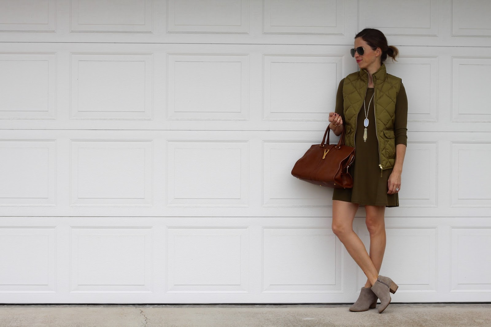 olive dress and kendra scott rayne