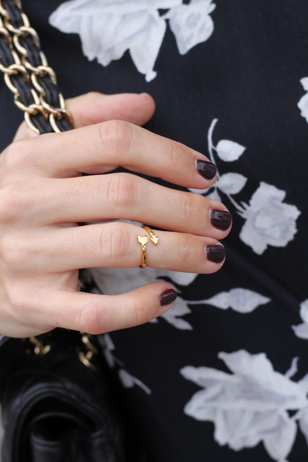 gorjana arrow midi ring