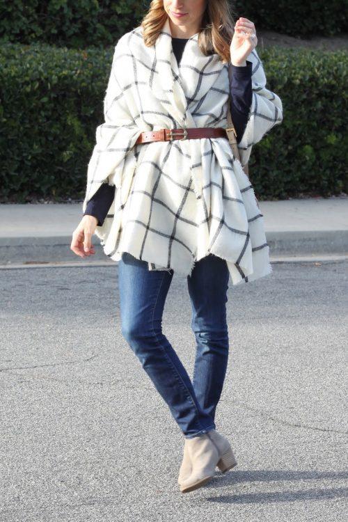 oversized scarf = cozy poncho