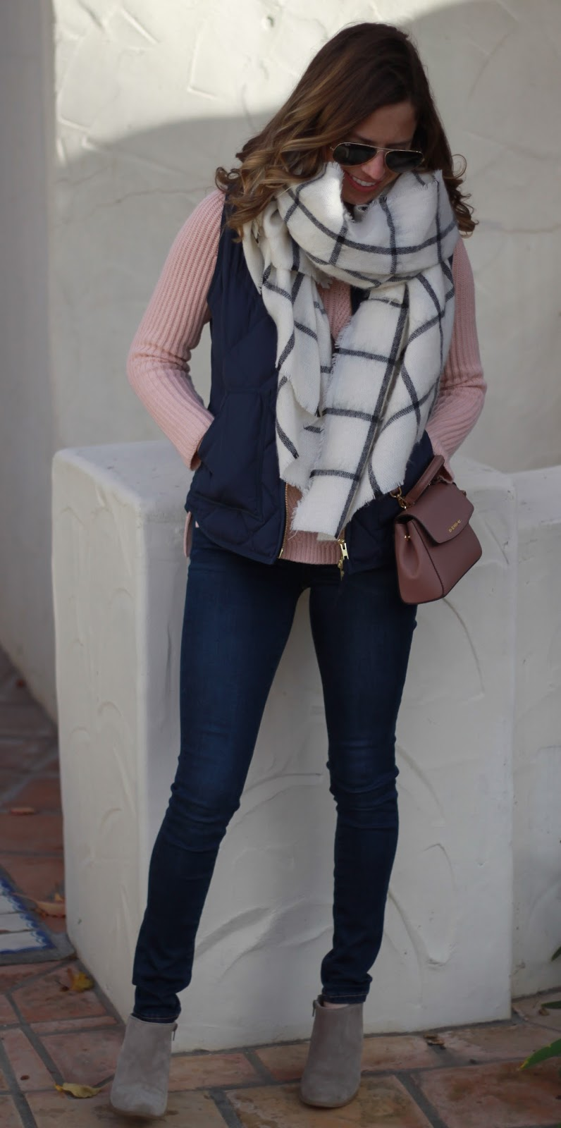 vest sweater and oversized scarf outfits