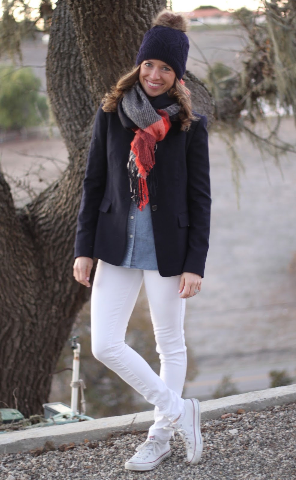 navy and white skinny jeans