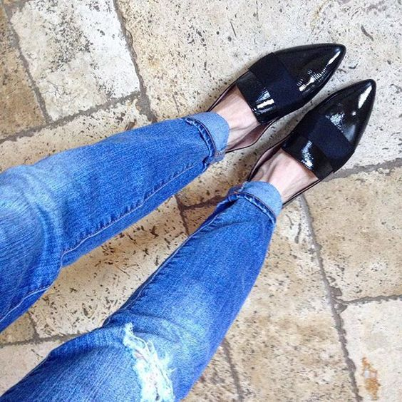 pointy toe loafers