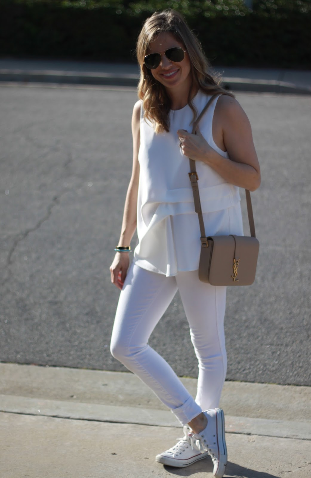 white top, jeans and shoes