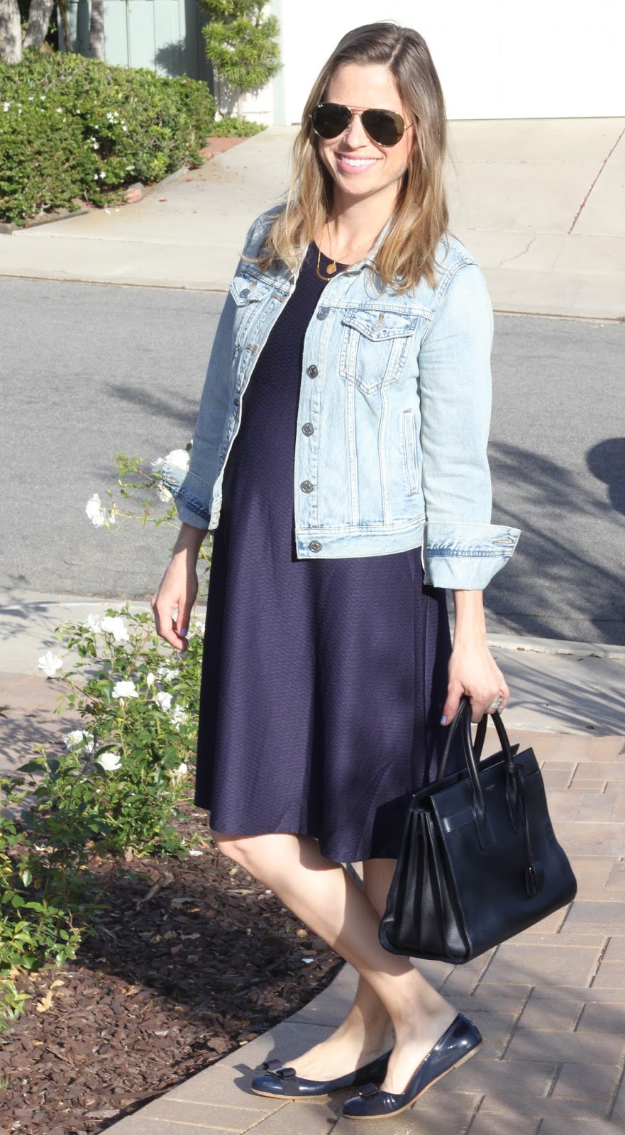 simple navy outfit
