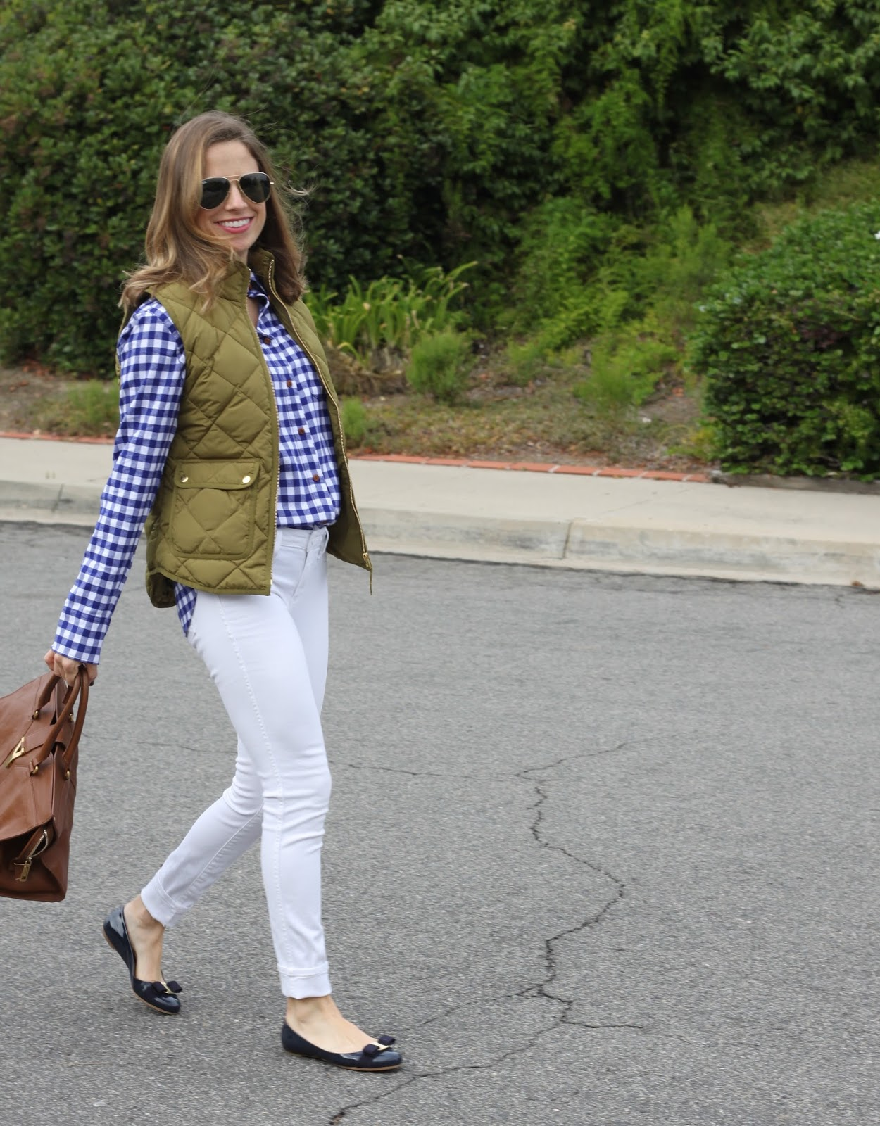 gingham shirt and white skinny jeans