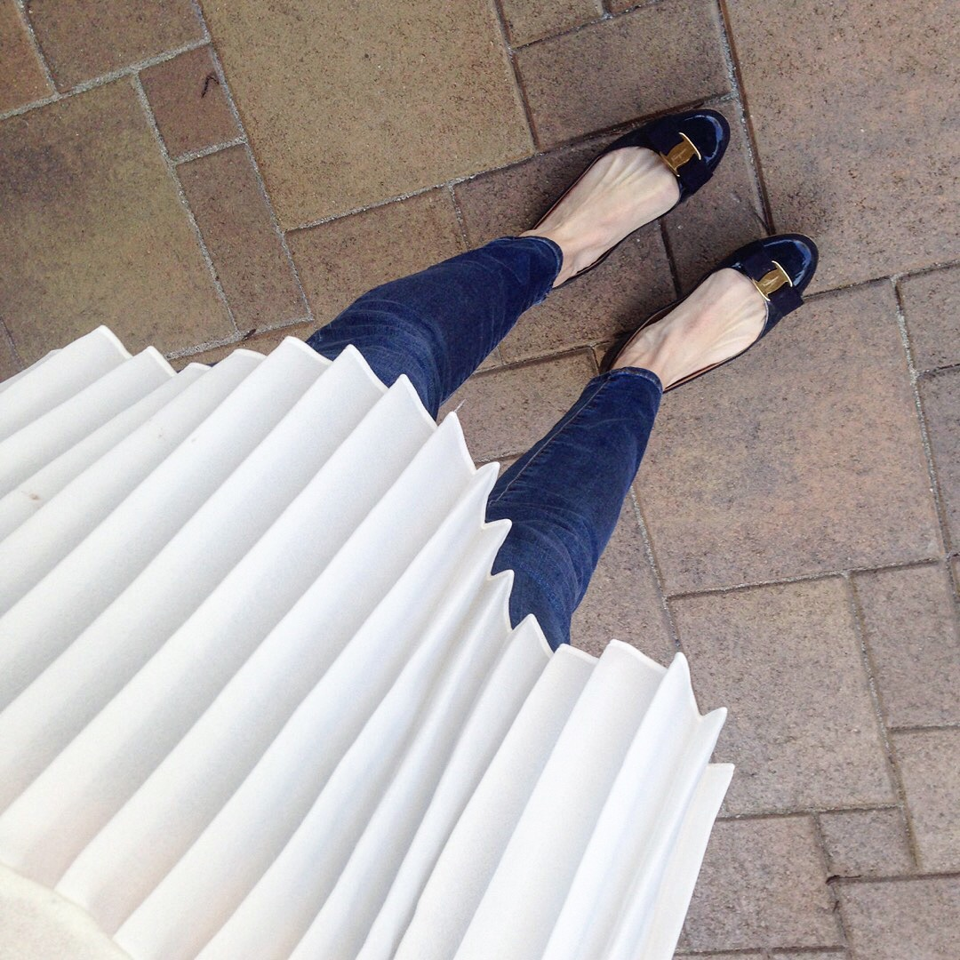 white pleats and ferragamo bow flats