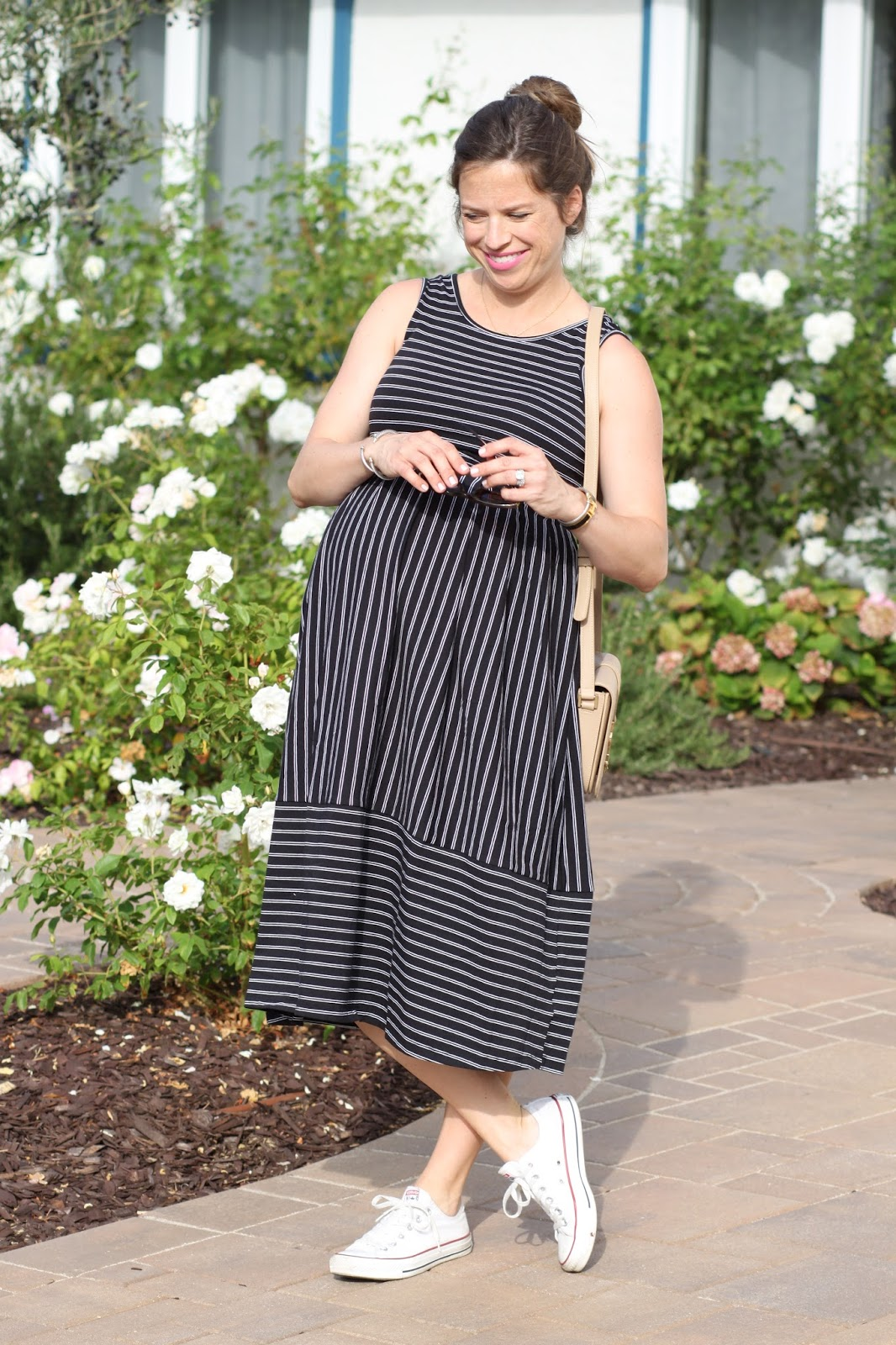 striped maternity dress and converse