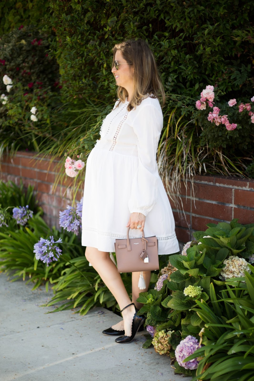 pregnant blogger style
