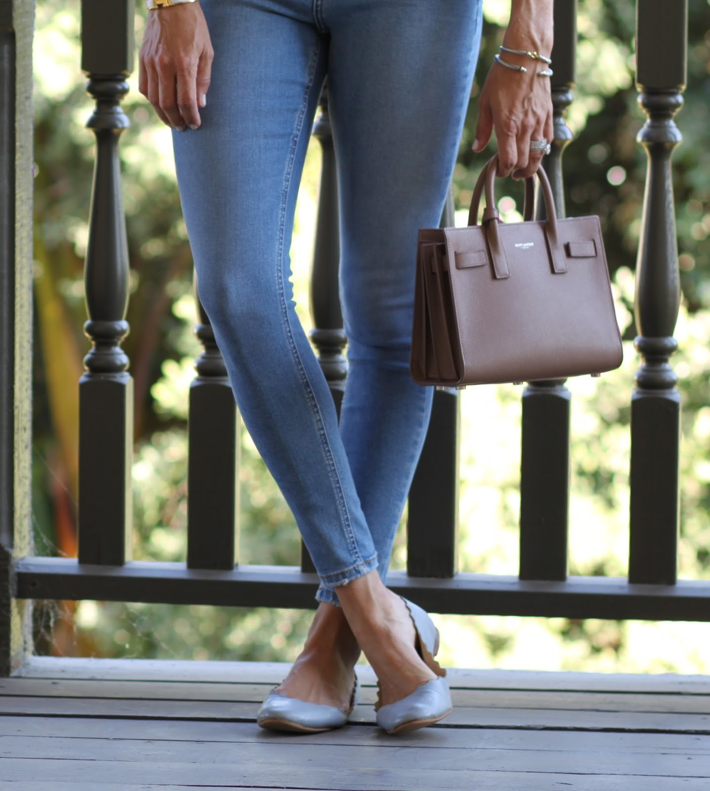 topshop skinny jeans and chloe flats
