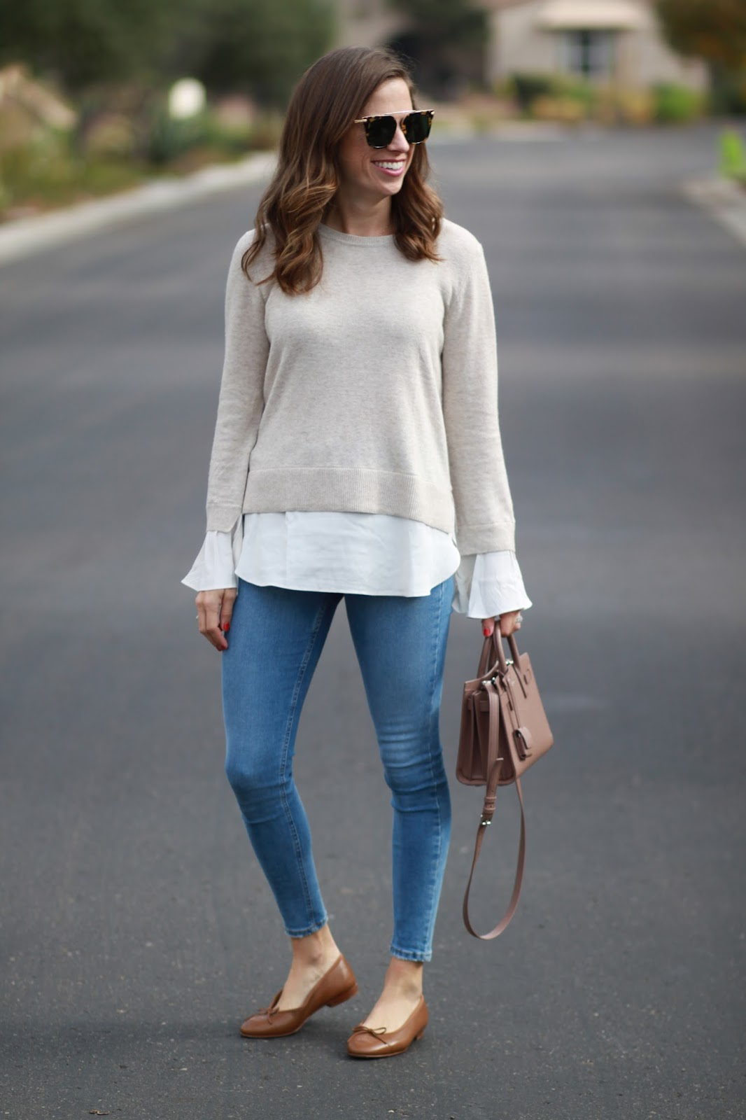 chanel flats and skinny jeans outfit