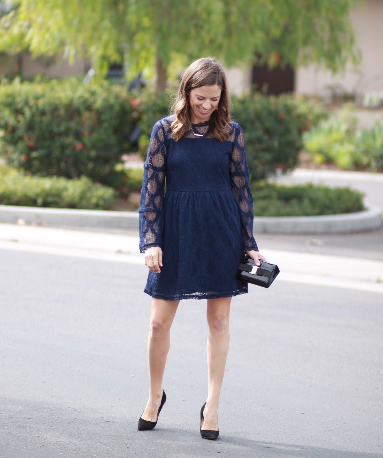 navy lace dress outfit