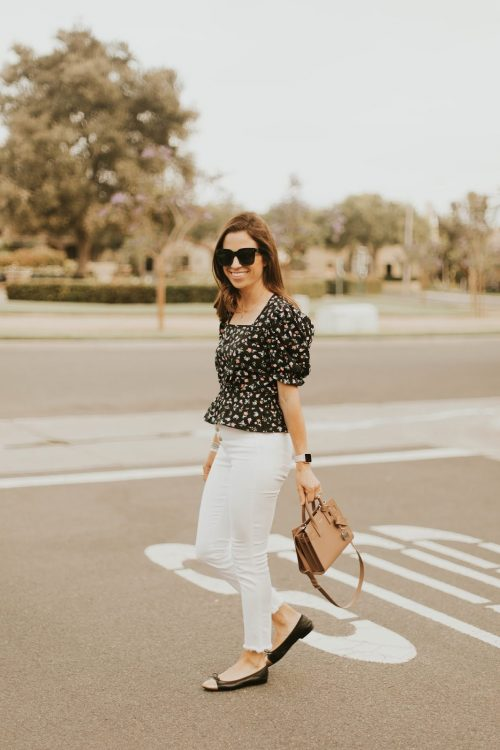black top and white jeans