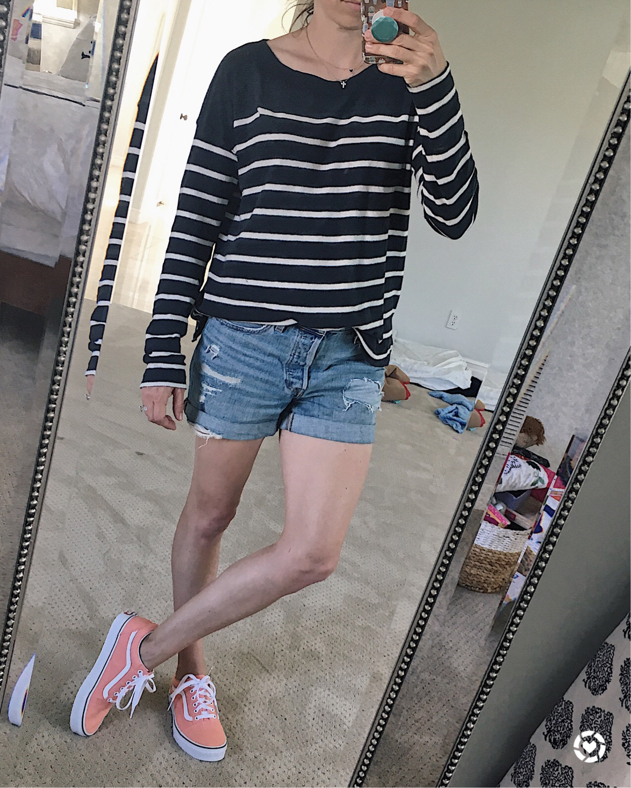 levis and vans outfit