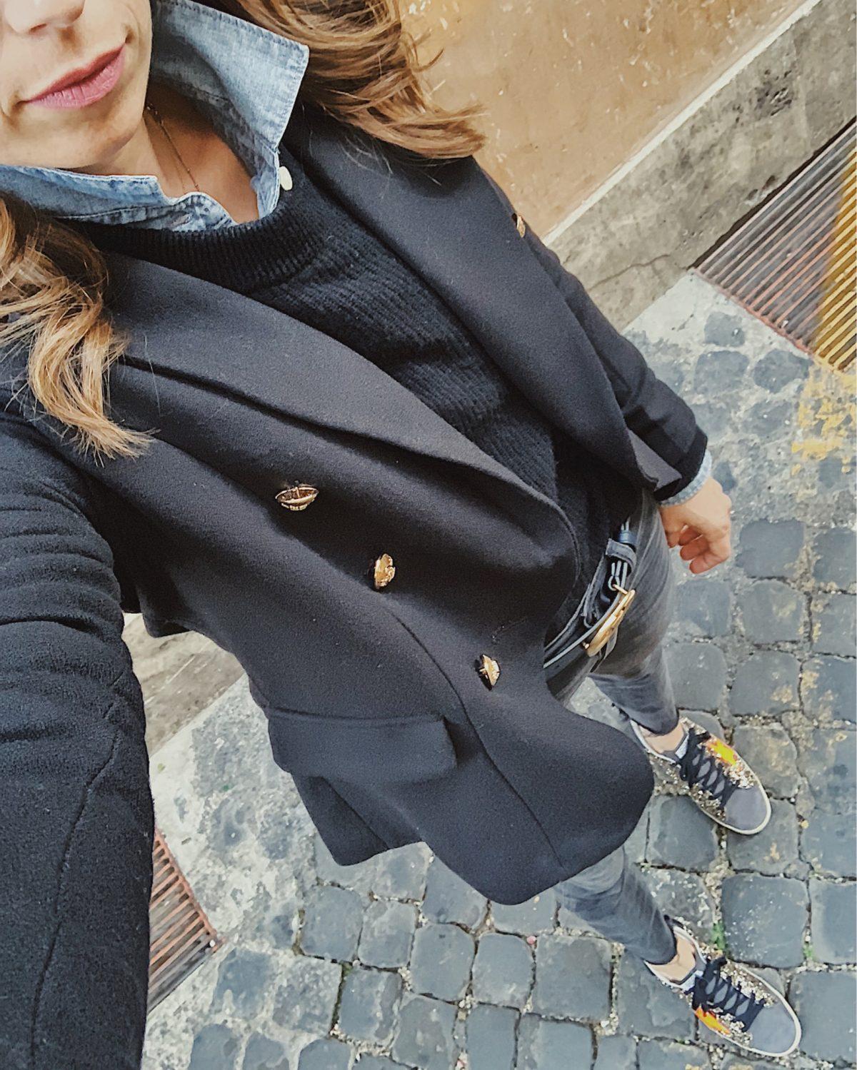 blazer selfie