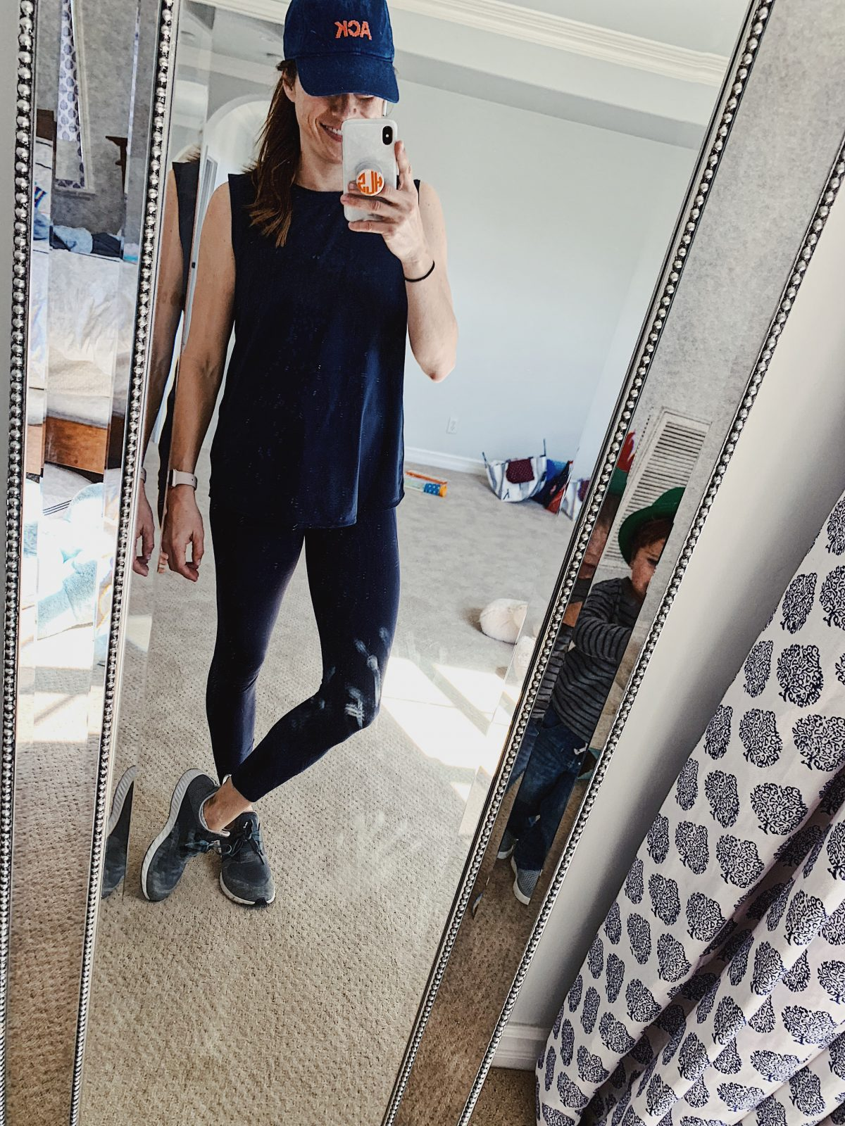 navy workout outfit