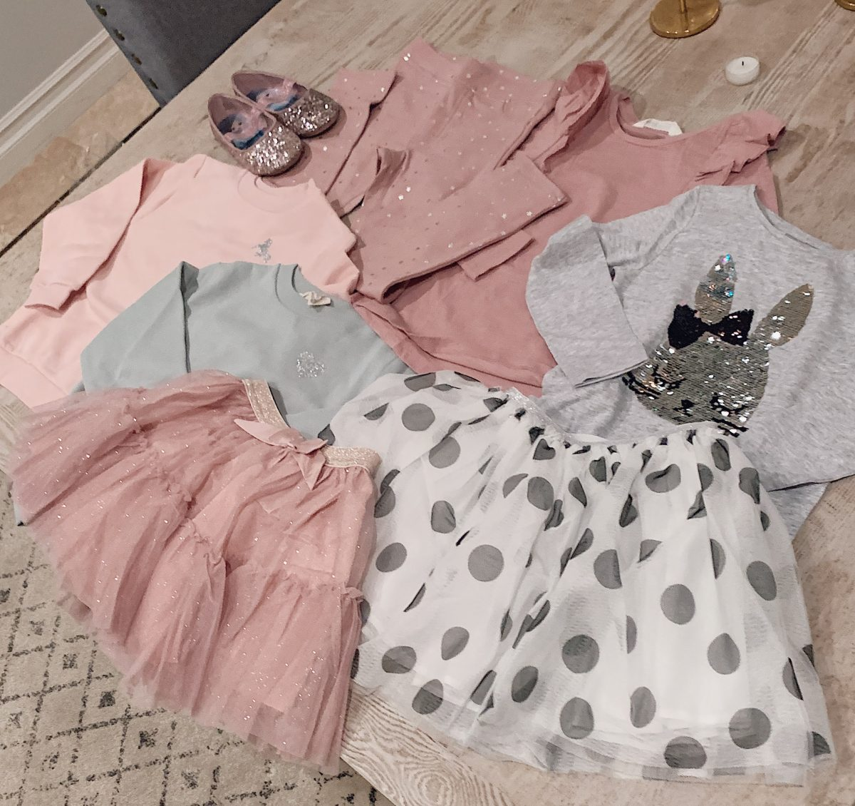 girl pink tulle skirt outfit